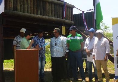 ¡Histórico! Guyra Paraguay entrega título de propiedad a pueblos ancestrales